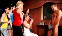 Hens party where muscular guy bangs the bride in sight of her friends