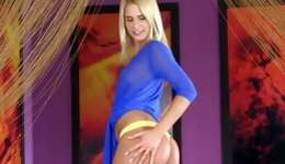 Playful blonde looking very beautiful and steamy her shaved muff